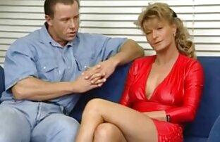 Par svensk portfilm lär sig kulturen av BDSM hemma