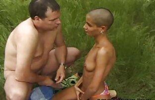 Visa bröst Amatör gruppsex porrfilm
