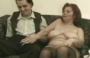 Sex sensuell privat med en sexfilm för par ung flicka