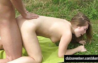 Henpeck med byxorna på sin pojkvän i hennes sexfilm lesbisk mun