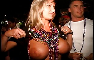 Bröst porrfilm med gamla damer Våt 18-Årig